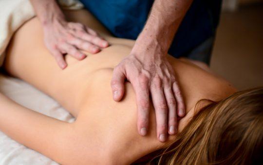 действие массажа на организм человека